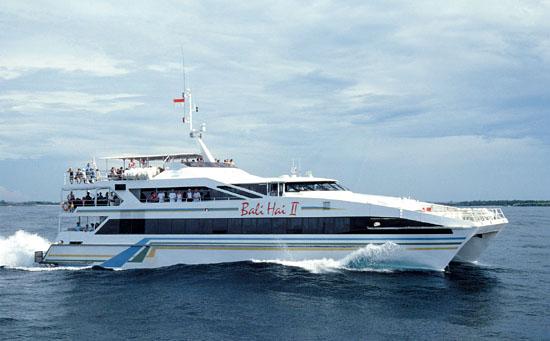 Kapal Bali Hai Cruise, wisata pesiar di Bali